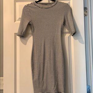 Like New Soprano sz Small bodycon  tee shirt dress